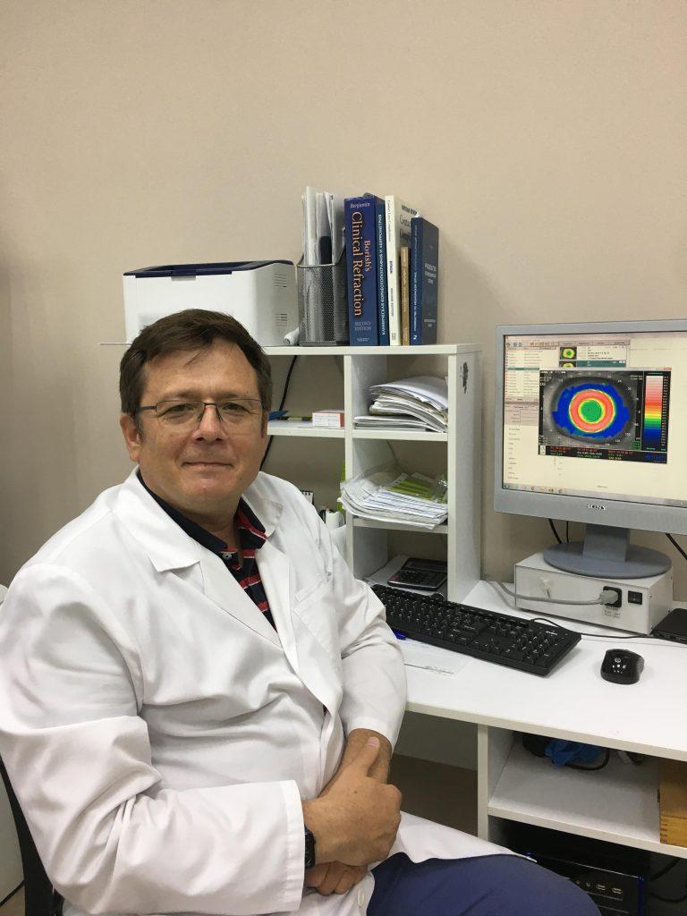 Dr Artur Khasanov